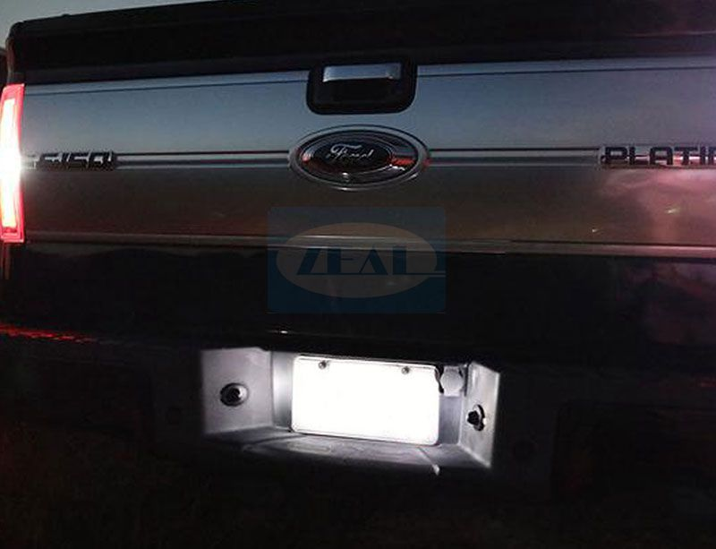 Ford LED License Plate Light ZL-I15